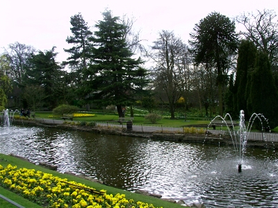 Canal Gardens